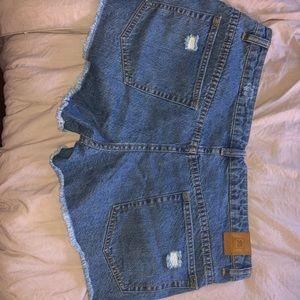 Rip Curl Shorts - Ripcurl mid-rise distressed jean shorts
